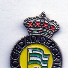 Coleccionismo deportivo: PIN DE FUTBOL-NOJA S.D.-NOJA-CANTABRIA. Lote 177191233