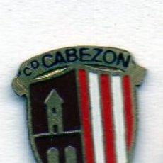 Coleccionismo deportivo: PIN DE FUTBOL-CABEZÓN C.D.-CABEZÓN DE LA SAL-CANTABRIA. Lote 177193552