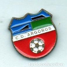 Coleccionismo deportivo: PIN DE FUTBOL-ARGONOS C.D.-ARGONOS-CANTABRIA. Lote 177194263