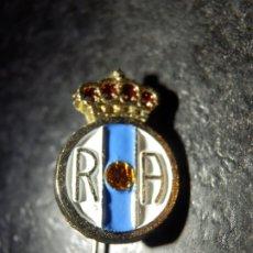 Coleccionismo deportivo: INSIGNIA DE IMPERDIBLE - CLUB DE FUTBOL - REAL AVILÉS - AÑOS 50'S. Lote 178818390
