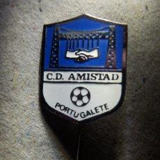 Coleccionismo deportivo: INSIGNIA DE AGUJA - CLUB DEPORTIVO AMISTAD C.D. - PORTUGALETE - FUTBOL AÑOS 60´S. Lote 182119033