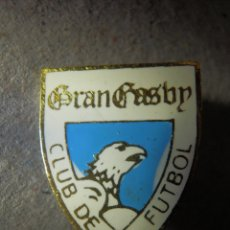 Coleccionismo deportivo: INSIGNIA DE OJAL - GRAN GASBY - CLUB DE FUTBOL - ARAGÓN, HUESCA - AÑOS 50´S - 60'S. Lote 182212020