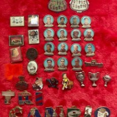 Coleccionismo deportivo: FCBARCELONA BARÇA LOTE PINS AÑOS 90. Lote 183370158