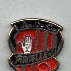 Coleccionismo deportivo: MANLLEU A.D.C.-MANLLEU-BARCELONA. Lote 186178666