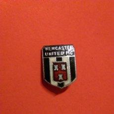 Coleccionismo deportivo: NEW CASTLE UNITED FC FÚTBOL CLUB INGLES INGLATERRA. Lote 186418607