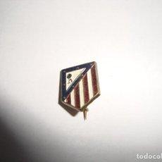 Coleccionismo deportivo: ANTIGUA INSIGNIA PIN AGUJA ATLETICO DE MADRID. Lote 188775048