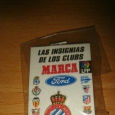 Coleccionismo deportivo: PIN CLUB DEPORTIVO ESPAÑOL, COLECCION MARCA PRECINTADO. Lote 297118178