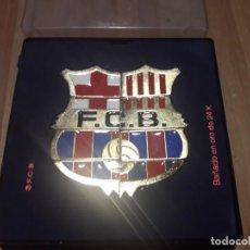 Coleccionismo deportivo: PIN ESCUDO FC BARCELONA. Lote 195032127