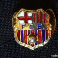 Coleccionismo deportivo: INSIGNIA-PIN-F.C.B-BARCELONA PARA OJAL-SOLAPA. Lote 195326161