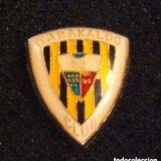 Coleccionismo deportivo: PIN ESCUDO EQUIPO FUTBOL BARAKALDO CLUB. Lote 195347667