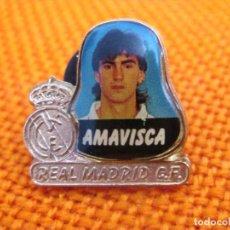 """Coleccionismo deportivo: PIN - FÚTBOL ''AMAVISCA - REAL MADRID""""./ METAL, EL JUGADOR ESMALTADO.. Lote 204722741"""