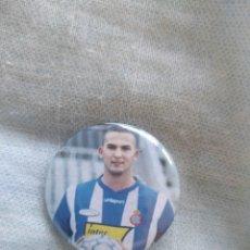 Coleccionismo deportivo: PIN TIPO CHAPA R C D ESPAÑOL ESPANYOL JUGADOR. Lote 205353068