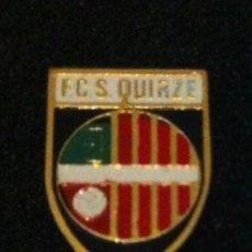 Coleccionismo deportivo: ANTIGUO PIN O INSIGNIA DE AGUJA FUTBOL CLUB SANT QUIRZE. Lote 205760793