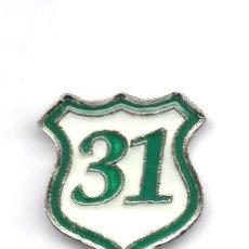 Coleccionismo deportivo: FUTBOL DE BOLIVIA, CLUB 31 DE OCTUBRE, PIN. Lote 206279373