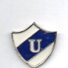 Coleccionismo deportivo: FUTBOL DE BOLIVIA, CLUB UNIVERSIDAD DE SUCRE, PIN. Lote 206279436