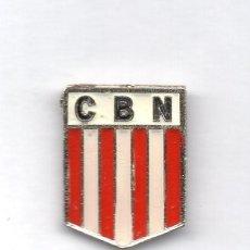 Coleccionismo deportivo: FUTBOL DE BOLIVIA, CLUB BOLIVAR NIMBLES, PIN. Lote 206280638