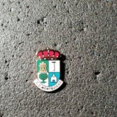 Coleccionismo deportivo: PIN C. D. MONTEJICAR - MONTEJICAR (GRANADA). Lote 207136426