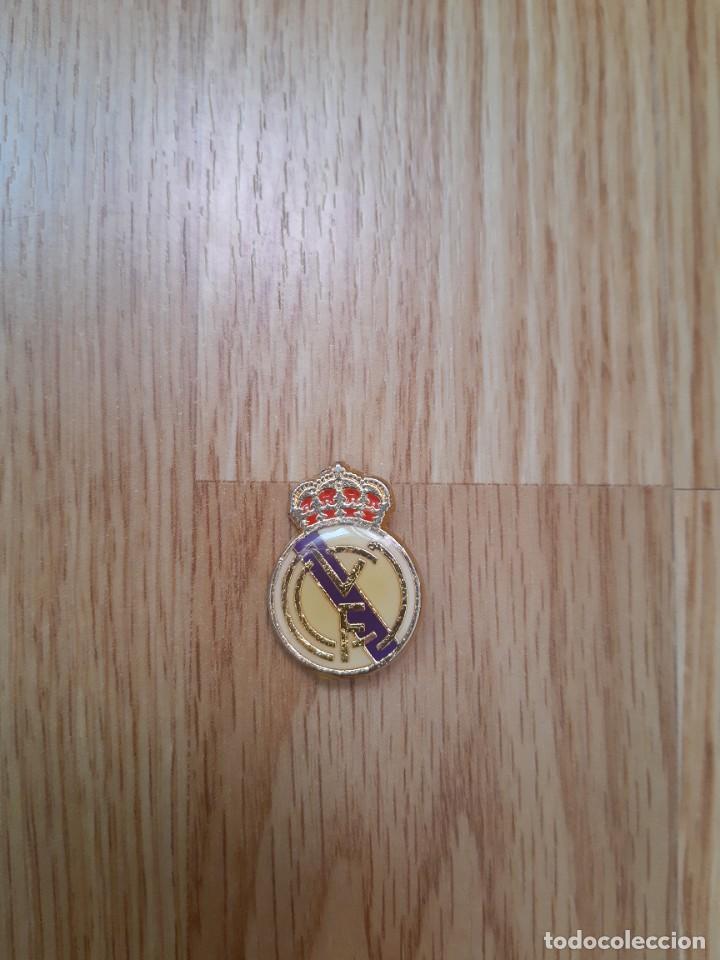 PIN-IMPERDIBLE DEL REAL MADRID,MUY ANTIGUO (Coleccionismo Deportivo - Pins de Deportes - Fútbol)