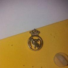 Coleccionismo deportivo: PIN ANTIGUO REAL MADRID LFP ESPAÑA FÚTBOL. Lote 207962070