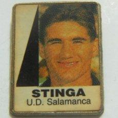 Coleccionismo deportivo: PIN STINGA U.D.SALAMANCA. Lote 208870227