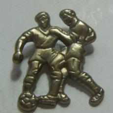 Coleccionismo deportivo: PIN DE FUTBOL. Lote 208873895