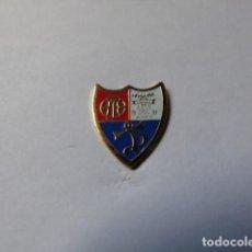 Collezionismo sportivo: PIN DEL CLUB DE FUTBOL TRIASU DE TARAZONA (ZARAGOZA). Lote 212065095