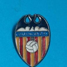 Coleccionismo deportivo: PIN - VALENCIA CF. Lote 212652421