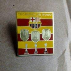 Coleccionismo deportivo: PIN DE CLIP FUTBOL F.C.BARCELONA TRICACAMPION DEL MUNDO BARÇA 2009 2011. 2016. Lote 212921716