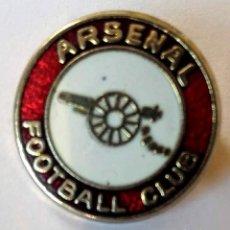 Coleccionismo deportivo: PIN ARSENAL FOOTBALL CLUB, AÑOS 80.. Lote 234615090