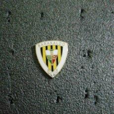 Colecionismo desportivo: PIN BARAKALDO CLUB. Lote 213780488