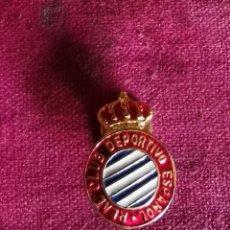 Coleccionismo deportivo: ANTIGUO PIN REAL CLUB DEPORTIVO ESPAÑOL. Lote 216003591