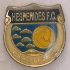 Collectionnisme sportif: PIN FUTBOL - GRAN CANARIA - LAS PALMAS - PUERTO DE LA LUZ - HESPERIDES FC. Lote 216847496