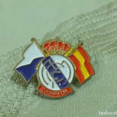 Coleccionismo deportivo: PIN REAL MADRID CAMPEON (2726). Lote 217911845