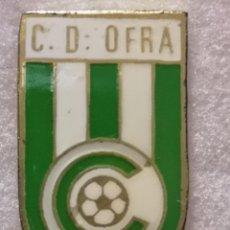 Coleccionismo deportivo: PIN FUTBOL - TENERIFE - SAN CRISTOBAL DE LA LAGUNA - CD OFRA. Lote 218451513