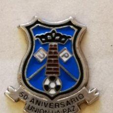 Coleccionismo deportivo: PIN FUTBOL - TENERIFE - SAN CRISTOBAL DE LA LAGUNA - UNION LA PAZ 50 ANIVERSARIO. Lote 218550608