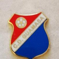 Coleccionismo deportivo: PIN FUTBOL - TENERIFE - SAN CRISTOBAL DE LA LAGUNA - CD GUAMASA. Lote 218550656