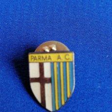 Coleccionismo deportivo: PIN PARMA. Lote 218713073