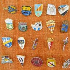 Coleccionismo deportivo: 20 PINS DE FÚTBOL. Lote 220184471