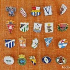 Collezionismo sportivo: 20 PINS DE FÚTBOL. Lote 220184685