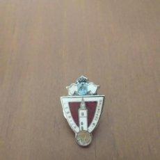 Coleccionismo deportivo: PIN CLUB DEPORTIVO LEBRIJA - PINS FUTBOL. Lote 221268533