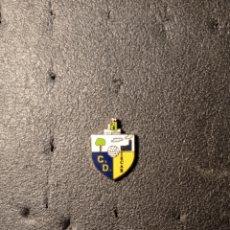 Collezionismo sportivo: PIN C.D. ISCAR - ISCAR (VALLADOLID). Lote 221517351