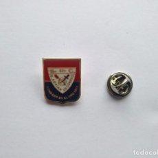 Coleccionismo deportivo: PIN DE FUTBOL SDC SAN ADRIAN - PONTEVEDRA. Lote 221934617