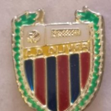 Coleccionismo deportivo: PIN FUTBOL - ZARAGOZA - CD OLIVER. Lote 221983987