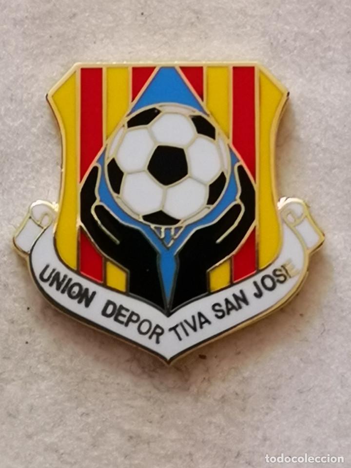 PIN FUTBOL - ZARAGOZA - DEPORTIVO SAN JOSE (Coleccionismo Deportivo - Pins de Deportes - Fútbol)