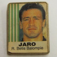 Coleccionismo deportivo: PIN JARO REAL BETIS. Lote 222743076