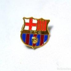 Coleccionismo deportivo: PIN ESCUDO FC BARCELONA *. Lote 224628873