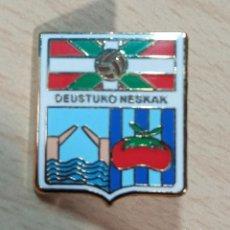 Collectionnisme sportif: PIN PINS FUTBOL DEUSTUKO NESKAK (VIZCAYA). Lote 226988060