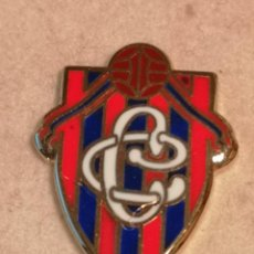 Collectionnisme sportif: PIN FUTBOL - ASTURIAS - GIJON - CLUB CLAZADA. Lote 227462865
