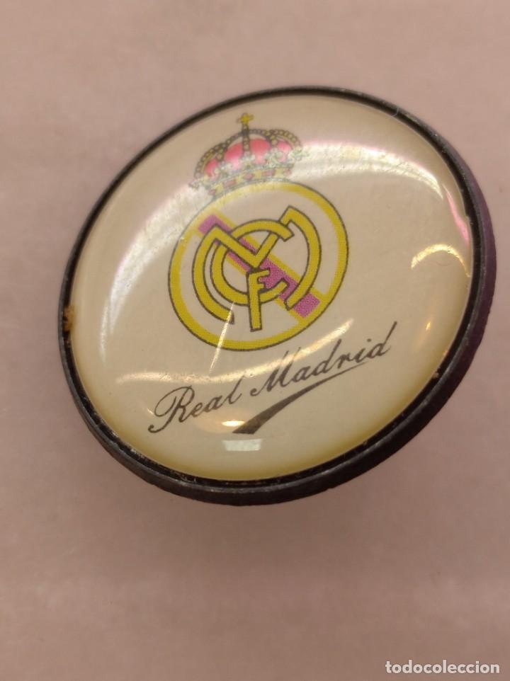 ANTIGUO PIN DE FÚTBOL REAL MADRID (Coleccionismo Deportivo - Pins de Deportes - Fútbol)