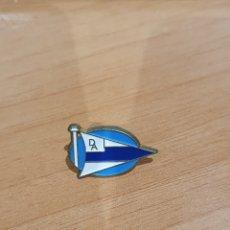 Coleccionismo deportivo: PIN DEPORTIVO ALAVES. Lote 231182785